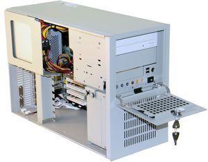 Новинка в серии промышленных компактных компьютеров Smartum Compact-7231